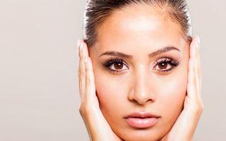 8 obiceiuri periculoase pentru frumuseţea ta. Scoate-le din rutina zilnică!