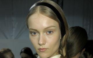 Frumuseţea ta: Cum îţi aranjezi părul în prima zi de şcoală. 5 tutoriale!