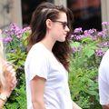 Kristen Stewart a început să-și piardă părul pe fond nervos