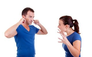 5 greșeli fatale care îți distrug relația. Ce să nu faci niciodată