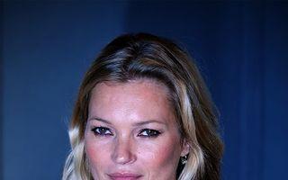 Kate Moss va poza goală pentru Playboy