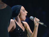 Lady Gaga, părăsită de iubit