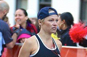 Pamela Anderson, o femeie puternică: Vedeta a terminat maratonul de la New York