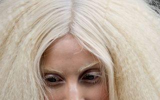 Lady Gaga vrea cel puţin trei copii