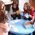 """Simona Patruleasa: """"Terapeutii copiilor cu autism fac minuni!"""""""