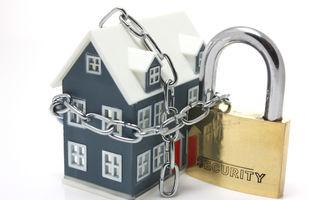 7 reguli ca să nu-ţi spargă hoţii casa când pleci în vacanţă