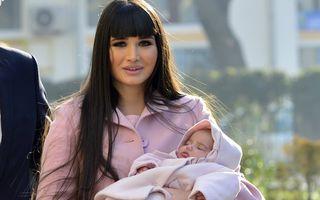 România mondenă: 5 vedete care au născut în 2013. Mămicile anului!