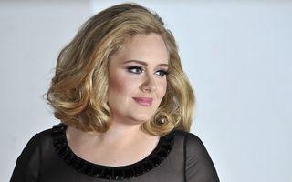 Adele ia lecții de gătit de la Nigella