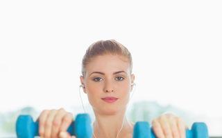 4 exerciţii simple şi uşoare care îţi tonifică tot corpul
