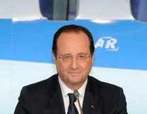 Closer: François Hollande are o relaţie amoroasă cu o actriţă