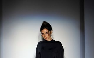 Victoria Beckham îşi deschide magazin de haine
