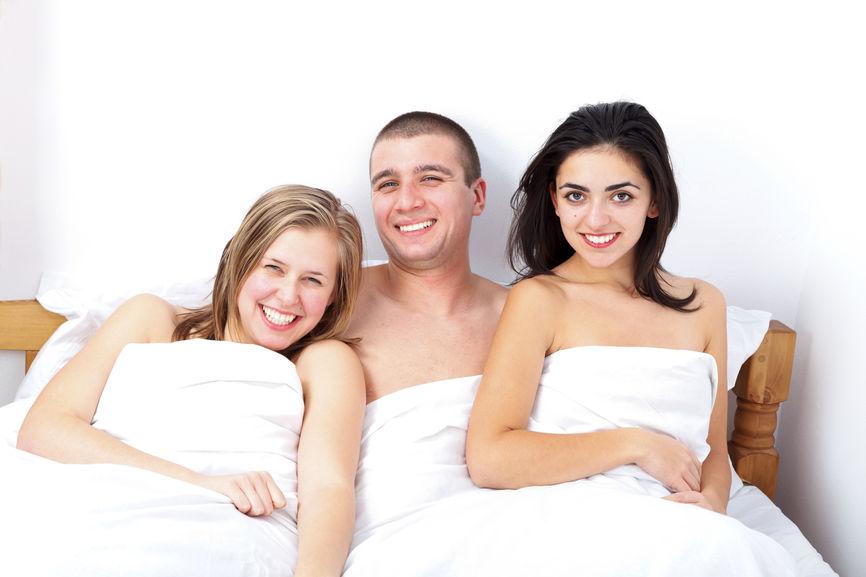 Moldovene frumoase - Caut cuplu pentru sex an trei arad