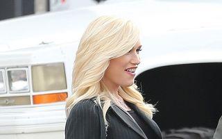Aproape din nou mămică: Gwen Stefani, o gravidă superbă, la 44 de ani