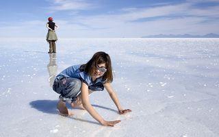 VIDEO: Imagini superbe din deșertul de sare