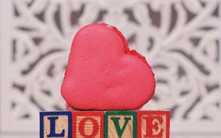Love macarons și alte declarații dulci, de la Madame Lucie
