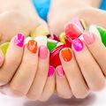 Frumuseţea ta: 40 de modele de primăvară pentru unghiile tale