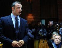 """Procesul lui Oscar Pistorius a început. Atletul pledează """"nevinovat"""""""