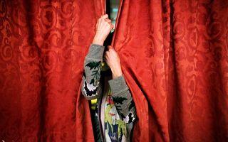 """""""O zi din viaţa ei"""", o expoziţie de fotografie care celebrează femeile speciale"""