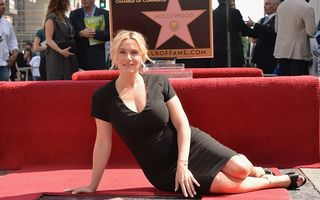 Kate Winslet a primit o stea la Hollywood