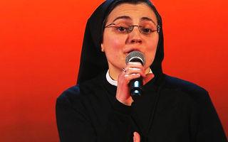 """VIDEO: Călugăriţa care a uimit juriul la """"Vocea Italiei"""""""
