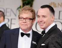 Elton John şi David Furnish se căsătoresc