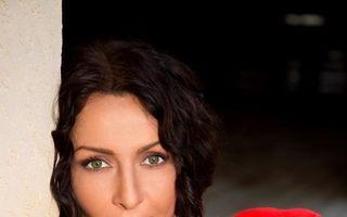 Mihaela Rădulescu, în pijamale şi fără machiaj