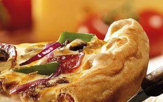 Super Pan de la Pizza Hut, blatul a cărui margine nu o laşi în farfurie