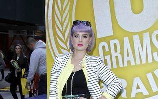 Cum reușește Kelly Osbourne să arate mai slabă cu nouă kilograme