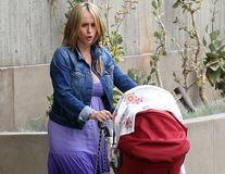 Jennifer Love Hewitt nu se grăbește să slăbească după ce a născut