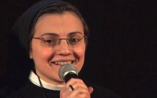 """""""Vocea Italiei"""": Sora Cristina s-a calificat mai departe - VIDEO"""