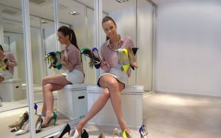 Andreea Raicu a lansat prima colectie de incaltaminte din cadrul liniei Simplicity by Andreea Raicu