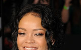 Rihanna s-a împăcat cu foștii ei contabili