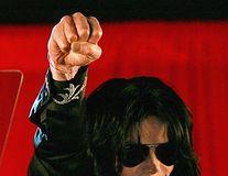Noi dezvăluiri despre viaţa lui Michael Jackson