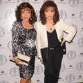 Divele nu îmbătrânesc niciodată: Joan Collins (80 de ani) și sora ei, Jackie (76), arată senzațional