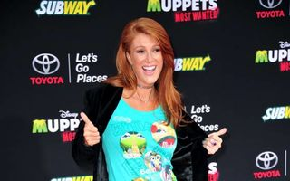 Angie Everhart s-a logodit