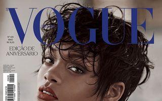 Rihanna a pozat topless pentru Vogue
