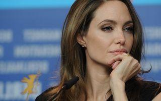 Angelina Jolie se pregătește pentru operația de histerectomie