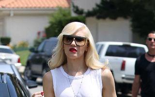 Modă: Gwen Stefani adoră blugii boyfriend. Cum îi poartă vedetele!