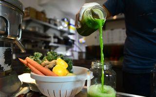 Deziluzia detoxifierii: Produsele sunt costisitoare şi pot fi dăunătoare