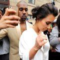 Kim Kardashian şi Kanye West s-au căsătorit