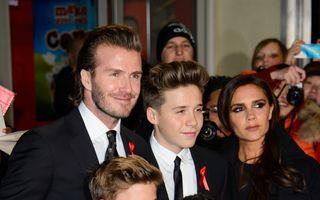 Hollywood: Victoria Beckham, toată familia pe covorul roşu. Alte vedete care procedează la fel!