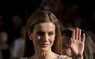 Regina stilului: Letizia Ortiz, strălucitoare într-o rochie înflorată Hugo Boss