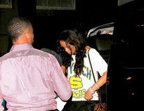 Rihanna s-a făcut de râs la restaurant