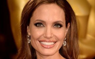 Video Angelina Jolie. Cum arăta în perioada întunecată de droguri