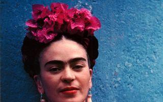 În căutarea selfie-ului perfect! Frida Kahlo şi arta autoportretelor