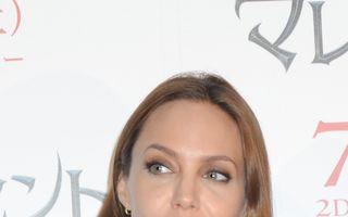 "Hollywood: 5 vedete furioase pe tabloidul Daily Mail. Angelina Jolie, ultima ""victimă"""