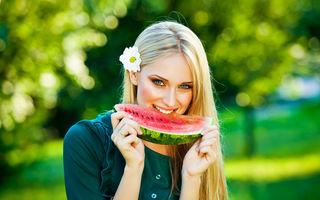 Pepenele roşu. 5 calităţi care-l transformă într-un superfruct