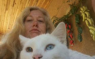 Sora actriţei Drew Barrymore a fost găsită moartă. Prima ipoteză e sinuciderea