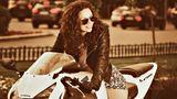 """Diana Ştirbu: """"Mersul pe motocicletă te ajută să scapi de calorii ca şi o clasă normală de kangoo jumps"""""""
