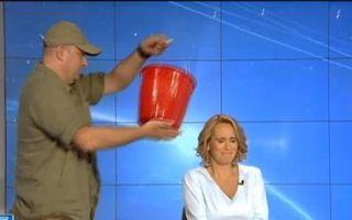 VIDEO: Andreea Esca, duș rece în direct, la Ştirile Pro TV!